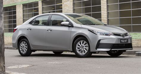 Toyota Corolla Sedan 2017 Toyota Corolla Sedan Pricing And Specs New Looks