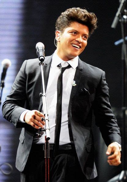 short biography about bruno mars 24 best images about bruno mars