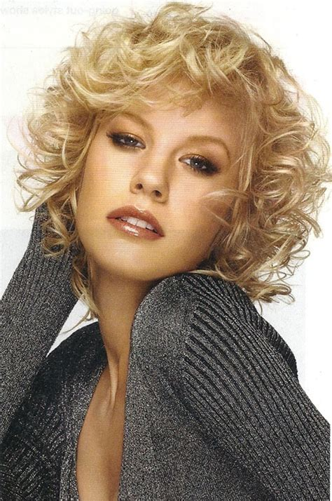 hairstyles for short blonde curly hair 20 best short curly haircut for women short hairstyles