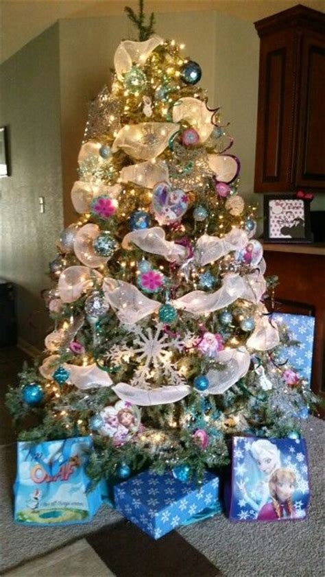 themed tree decorations 44 best disney s frozen themed tree images on