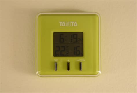 how to increase humidity in a room 冬のホテルの室内は湿度が低い 加湿器がない部屋で湿度を上げる方法 ourlifeisajourney