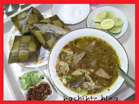 aneka makanan khas daerah  indonesia makanan khas makassar