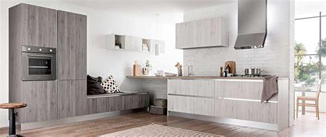 cuisine moderne kanto leicht avec meubles supendus photo cuisines am 233 nag 233 es gamme luxo hd cuisines