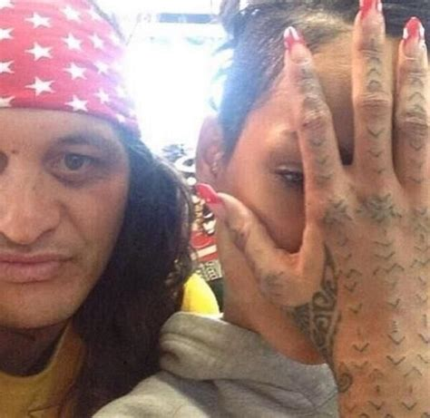 rihanna s new tattoo rihanna s new traditional maori moko