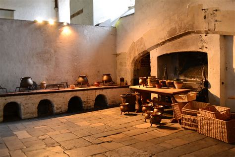tudor kitchens at hton court palace the seventeenth century lady