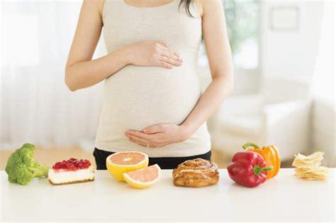 Membuat Oralit Untuk Ibu Hamil | makanan untuk mengatasi mual ibu hamil bicara apa saja