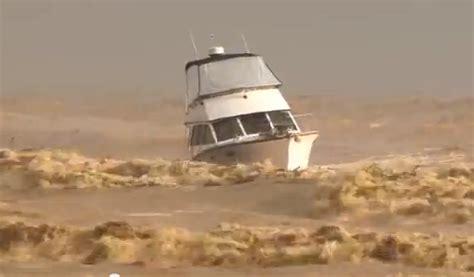 boat mooring fails boat fail video boat breaks free from mooring during