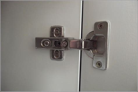 Hinges For Kitchen Cabinets Doors Kitchen Cabinet Door Hinges