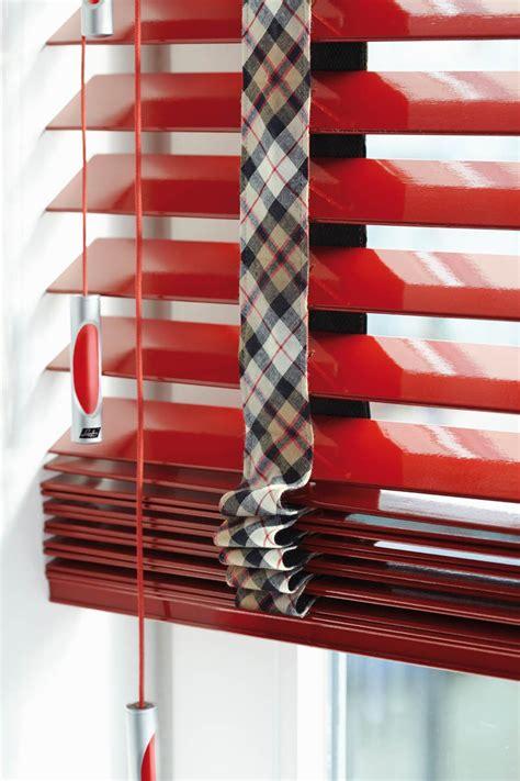 jaloezieen rood luxaflex 174 houten jaloezie 70mm op maat bestellen inhuis