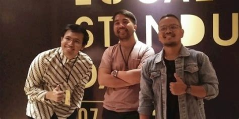 film komedi komika gelar local stand up day para komika komedi adalah seni
