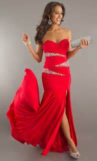 best style of red formal dresses for your body shape