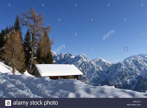 almhütte winter hochstein stock photos hochstein stock images alamy