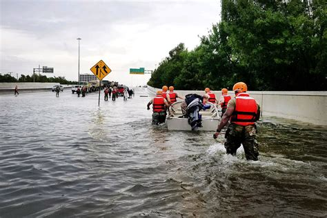 Harvey sends devastating floods pouring into Houston Flood Relief Donations