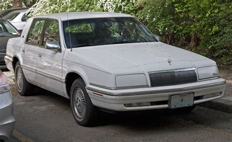 1992 Chrysler New Yorker by File 1992 Or 1993 Chrysler New Yorker Salon Jpg