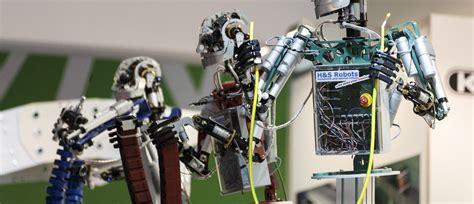 morris robot futuristic 50ml are robots the future of warfare world economic forum