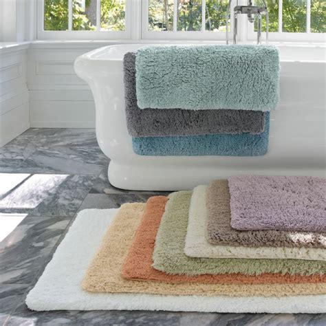Merveilleux La Redoute Tapis Salle De Bain #5: 0-leroy-merlin-tapis-color%C3%A9-pour-la-salle-de-bain-avec-carrelage-gris-ikea-accessoire-salle-de-bain.jpg