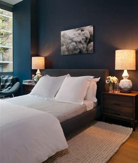 Exceptionnel Couleur De Chambre Ado #2: quelle-couleur-pour-une-chambre-murs-en-bleu-fonc%C3%A9-lit-en-blanc-peinture-en-blanc-et-noir.jpg