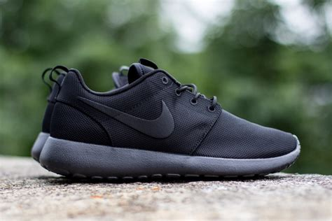J Nike Roshe Run Black nike roshe run black graysands co uk