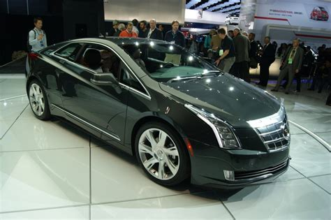 2013 Cadillac Elr by 2014 Cadillac Elr Live Images 2013 Detroit Auto Show