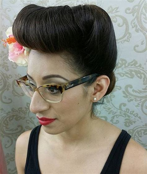 Updo Pin Up Hairstyles by 40 Pin Up Hairstyles For The Vintage Loving