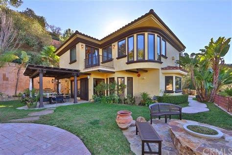 the delta goodrem home is on sale it s gorgeous