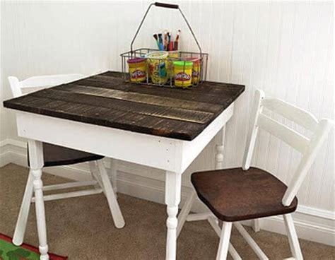diy reclaimed pallet wood tables diy and crafts