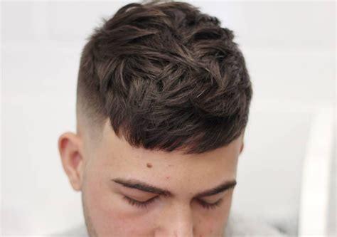 Model Rambut Ngetrend by 12 Model Potongan Rambut Pendek Pria Ngetrend Untuk Kerja