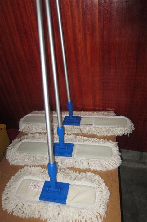 Lobby Duster Set 60 Cm Murah Meriah housekeeping equipment di bali promo beli 1 set lobby duster gratis 1 set lobby duster