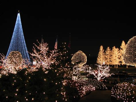 christmas lights at opryland hotel holiday lights
