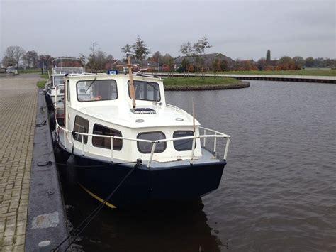 motorboot huren friesland particulier bootverhuur blauwestad motorjacht huren voor vier personen