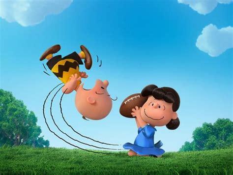 el baron bagge doc gratis charlie brown lucy e il pallone da football nuova immagine per il film dei peanuts