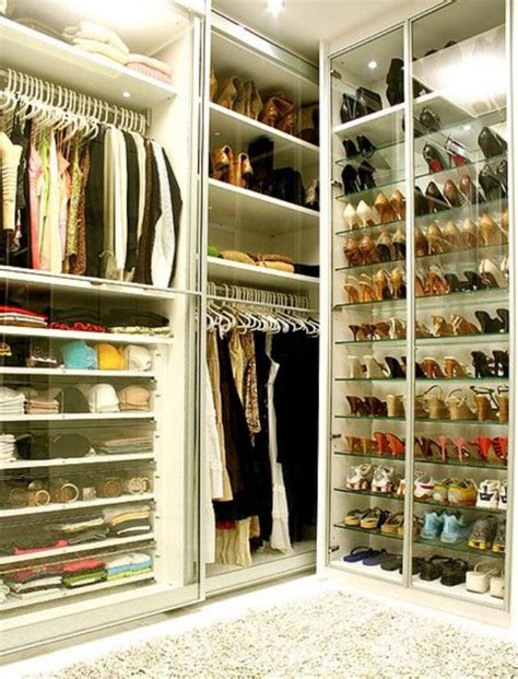 a closet how to decorate your closet