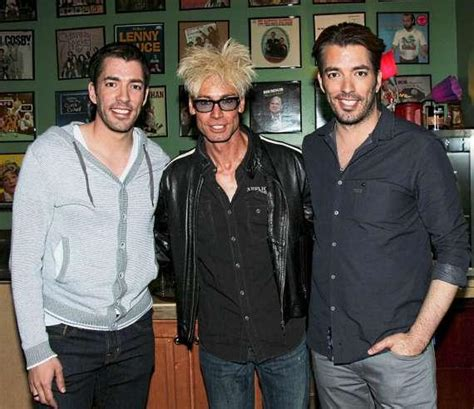 are the property brothers single who is drew scott s hgtv s the property brothers guest star in quot murray