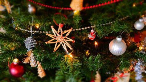 tradisi perayaan natal  unik  amerika serikat