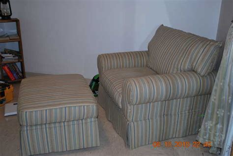 Oversized Sleeper Chair And Ottoman by Must Go Sleeper Sofa Seat Oversized Chair And Ottoman