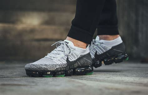 nike air vapormax heritage pack grey green 922915 002 fastsole co uk
