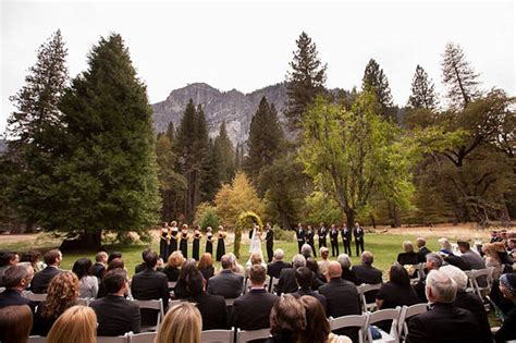 fall wedding venues new outdoor fall wedding venues best locations for fall weddings