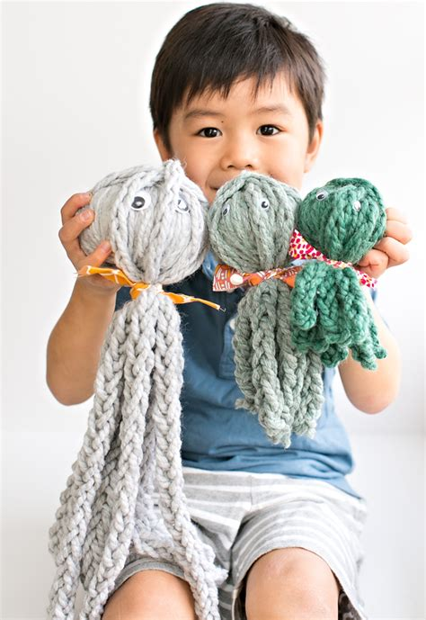 how to knit without needles kid made finger knit octopus review of knitting without