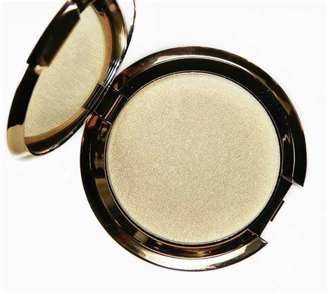 becca light chaser highlighter becca light chaser highlighters swatches and review