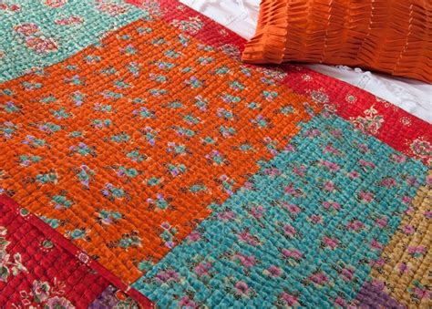 Kantha Quilt by How To Make A Kantha Quilt 9 Tutorials Guide Patterns