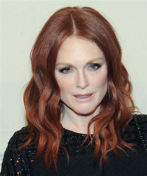 julianne more hair color julianne moore long wavy casual hairstyle medium red