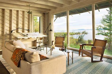 great peaceful home interiors usa taras studio modern rustic cabin in montana offers captivating lakeside