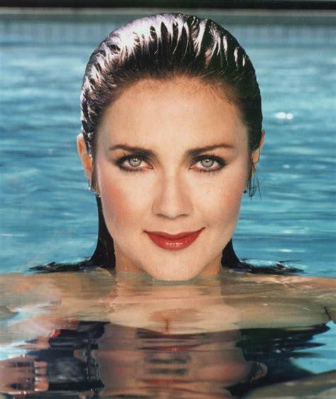 lynda carter looks sensational in swimming pool photoshoot lynda carter the original wonder