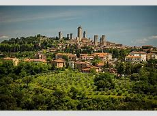 The most beautiful hilltop villages and towns in Tuscany ... Ethereal Island