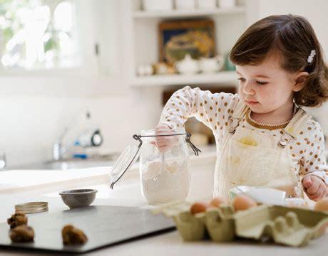 iniziare a cucinare cucinare con i bambini come iniziare piccolo cuoco