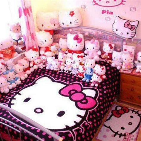 hello kitty bedroom stuff 48 best hello kitty stuff i want images on pinterest