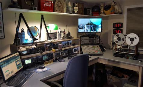Radio Room Menu by N2knl Radio Room