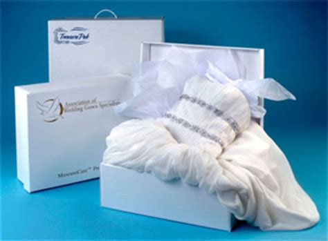 wedding dress box for plane carrying your wedding dress on the airplane preowned