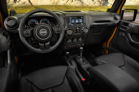 Jeep Inside 2014 Jeep Wrangler Unlimited Altitude Interior 303963