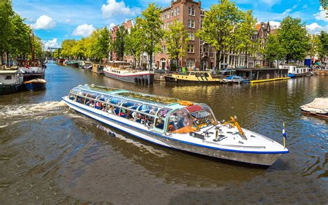 canal boat gps select the perfect amsterdam canal cruise europe travel